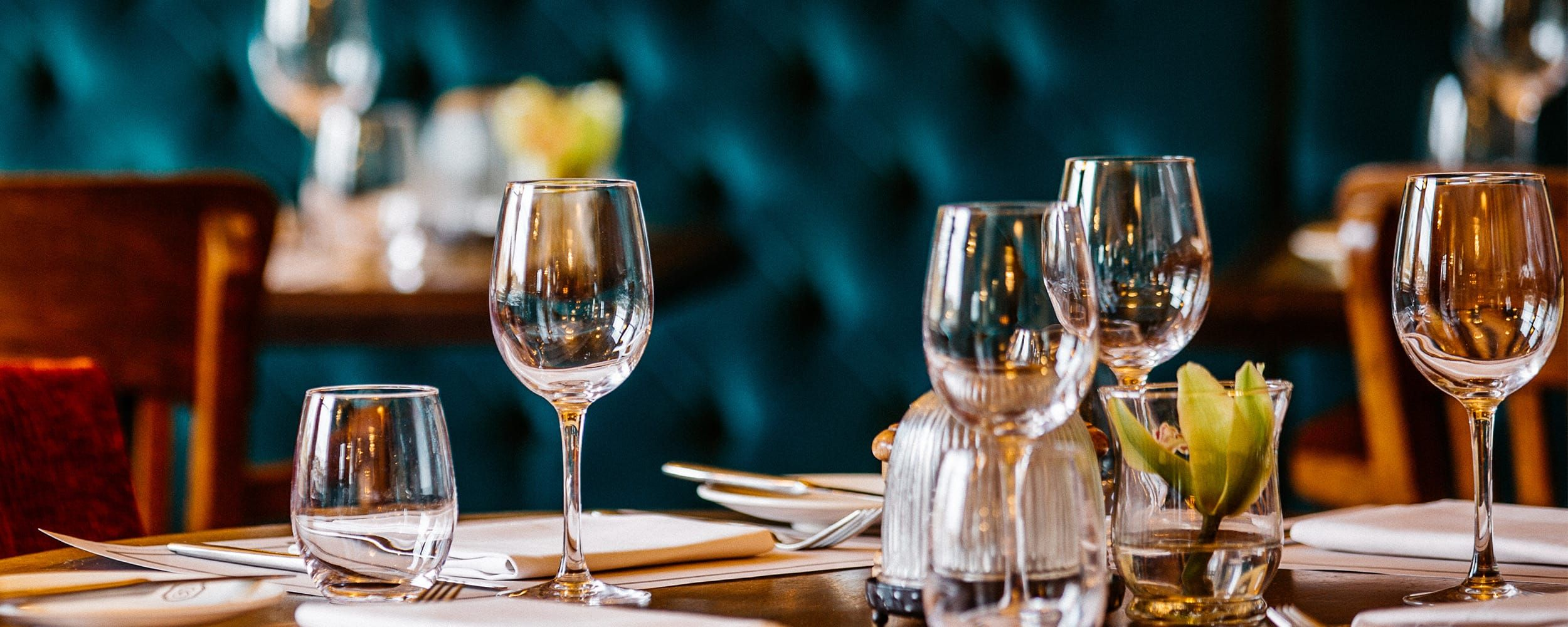 Meeting & private dining Meeting & private dining